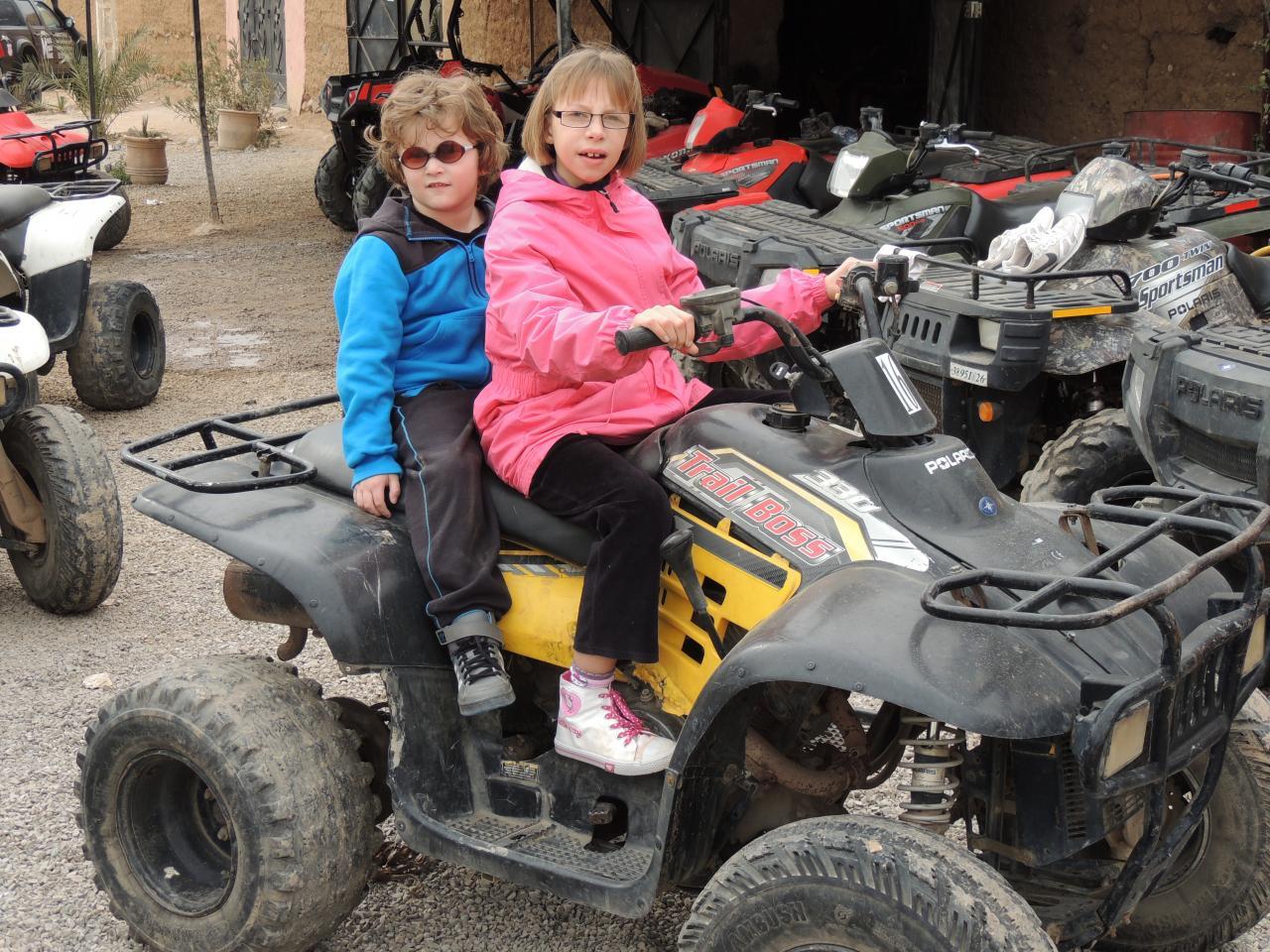 Joan et Alyson en quad