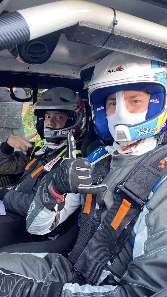 Kevin co-pilote et son frère Dylan