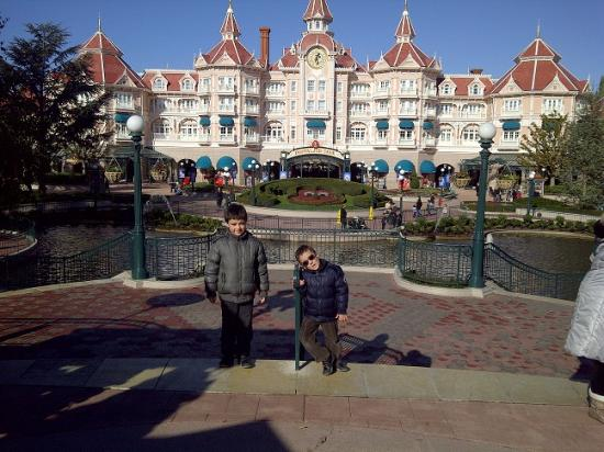 mathys-a-disneyland-copie.jpg
